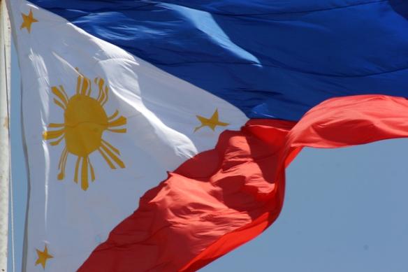 philippine-flag-1579639-639x426